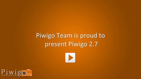http://piwigo.org/screenshots/piwigo-2.7-videosnap.jpg